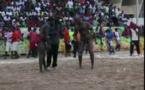A mourir de rire !: Le Lamb de 2 lutteurs Ndiago Paul et Lys et Mbaye Diouf /AIioune Sèye 2 -15 ans