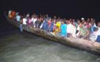 Vidéo – Une pirogue de migrants arraisonnée par la douane sénégalaise