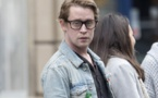 """Macaulay Culkin : l'enfant du film """"Maman, j'ai raté l'avion"""" a vraiment changé"""