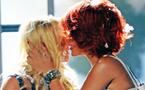 La baiser de Britney Spears et Rihanna censuré