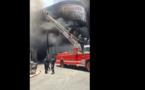 Suivez en direct l'incendie sur l'avenue Blaise Diagne