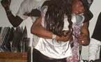 Photo : El Hadji Diouf ivre embrasse une fille dans une soirée...