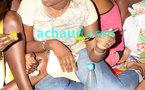 Voici la fille de Ben Basse patron de la RDV à terre devant le bol à l'occasion de l'anniversaire de Adja Ndoye,