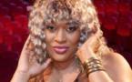 PHOTOS - Découvrez le nouveau look été de  Titi « la Lionne » !