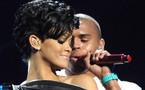 C'est via sa page Twitter que Rihanna a fait part de ses résolutions pour cette année 2012 qui commence.