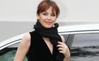 Kylie Minogue félicite Halle Berry sur Twitter
