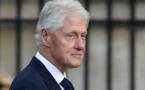 """Il va me manquer, vraiment"", confie Bill Clinton lors de l'hommage à son ami Jacques Chirac"