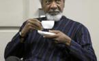 16 octobre 1986, Wole Soyinka Première personnalité noire à recevoir le prix Nobel de Littérature