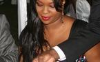 La très belle femme de Serigne Mbacké Ndiaye dans un resto chic de la place