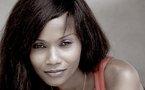 Le regard provocateur de la belle Nadia de Radio Nostalgie