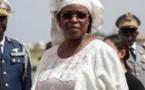 VIDEO - Balade à Sandaga: Marième Faye Sall déchaîne les foules