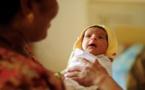 Pour sauver son bébé, elle pratique une césarienne sur elle-même