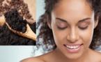 Le marc de café, un soin contre les cernes