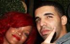 Le séjour de Drake dans la ville natale de Rihanna, suscite la polémique sur la toile