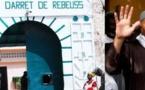 Rebeuss : Karim Wade reçoit ses visiteurs dans une pièce