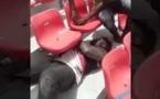Du jamais vu ! Le lutteur sanctionné par le CNG, répare lui-même les sièges de l'arène ...
