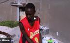 L'histoire émouvante de Pape Ndiaye, marchand ambulant à Dakar