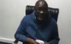 VIDEO/ Dans un style décontracté: EL Hadji Malick Mbaye, DG Anamo brave la pluie pour se rendre au bureau
