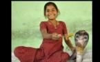 « Les serpents venimeux sont mes meilleurs amis » déclare une jeune fille indienne