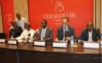 """Communiqué du Collectif des avocats du """"prisonnier politique"""" Karim Wade"""