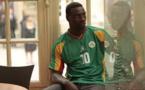 "Omar Sy rend hommage à Khalilou Fadiga dans le film ""Samba"""