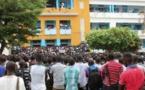 """Les étudiants réclament l'arrestation du """"vrai"""" meurtrier de Bassirou Faye"""