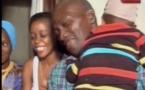 Vidéo: Émouvantes retrouvailles entre un père et son fils Essayez de ne pas pleurer en regardant cette vidéo
