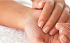 Voici 2 astuces maison pour blanchir vos ongles