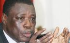"""Me Ousmane Seye, leader du Front républicain, invité de """"EN APARTE"""" : ''vouloir présenter un candidat et justifier un cramponnage à Macky Sall pendant 4 ans, il faudra que le Ps l'explique aux populations''"""