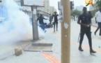 Vidéo- Place de l'Indépendance : Les forces de l'ordre  utilisent des grenades lacrymogènes contre Khalifa Sall et Cie