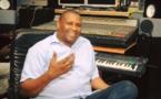 Ses débuts dans la musique, ses relations avec Ndongo Lô, la production musicale au Sénégal : Papis Konaté se confesse…