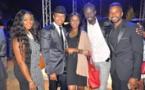 "La Team ""Entre Temps"" pose avec Habib Bèye et El Hadji Diouf"
