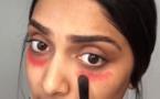 Utilisez du rouge à lèvres pour effacer vos cernes