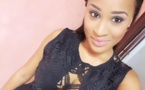 Esther Ndiaye en mode selfie…
