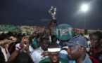 VIDEO - Vive altercation entre Mbalaxmen et Rappeurs au Stade Demba Diop