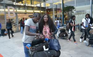 Yama a-t-elle fui ? Voici sa réaction dès son arrivée à l'aéroport de Paris Orly