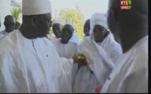 Vidéo : Le Président Macky Sall n'oublie jamais sa Première dame, regardez...