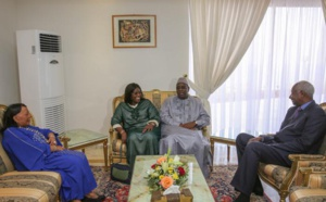 Photo: Macky SALL et Marième Faye Sall rendent visite au Président Abdou Diouf et Elizabeth Diouf