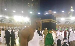 Paul Pogba, émerveillé par la Kaaba, le fait savoir sur Instagram