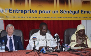 Les images du point de presse de la Fédération pour la paix universelle (FPU)