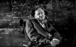 Stephen Hawking, le  successeur d'Isaac Newton et d'Albert Einstein (Documentaire Biographie)