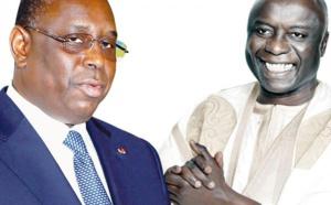 """Idrissa Seck : """"Macky Sall ne peut pas être à la fois le sous-préfet des présidents Macron et Ould Ebdel Aziz"""""""