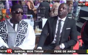 Vidéo : Mor Thiam, le père de Akon fier de son fils, regardez