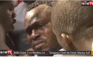 """La vidéo de leral Tv  """"les larmes de Modou Lo après sa défaite contre Balla Gaye 2"""" fait 1million 247 mille 533 vues sur Youtube"""