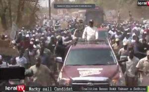 """VIDEO - Macky Sall aux pêcheurs de Cayar : """"Je suis plus que jamais déterminé à vous accompagner"""""""