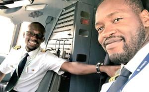PHOTOS - Papi Tall et Mike Oud : deux jeunes pilotes de ligne au service d'Air Sénégal