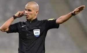 Pourquoi la CAF a éjecté l'arbitre sud-africain Victor Gomès (révélations)