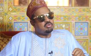VIDEO: Ahmed Khalifa Niasse baptise son fils du nom de Cheikh Ahmadou Bamba Mbacké