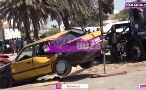 VIDEO: Violent accrochage entre une voiture blindée de la Gendarmerie, trois taxis et un véhicule particulier
