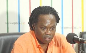 Autoroute à péage: après Moustapha Guèye, la voiture de Baba Maal prend feu
